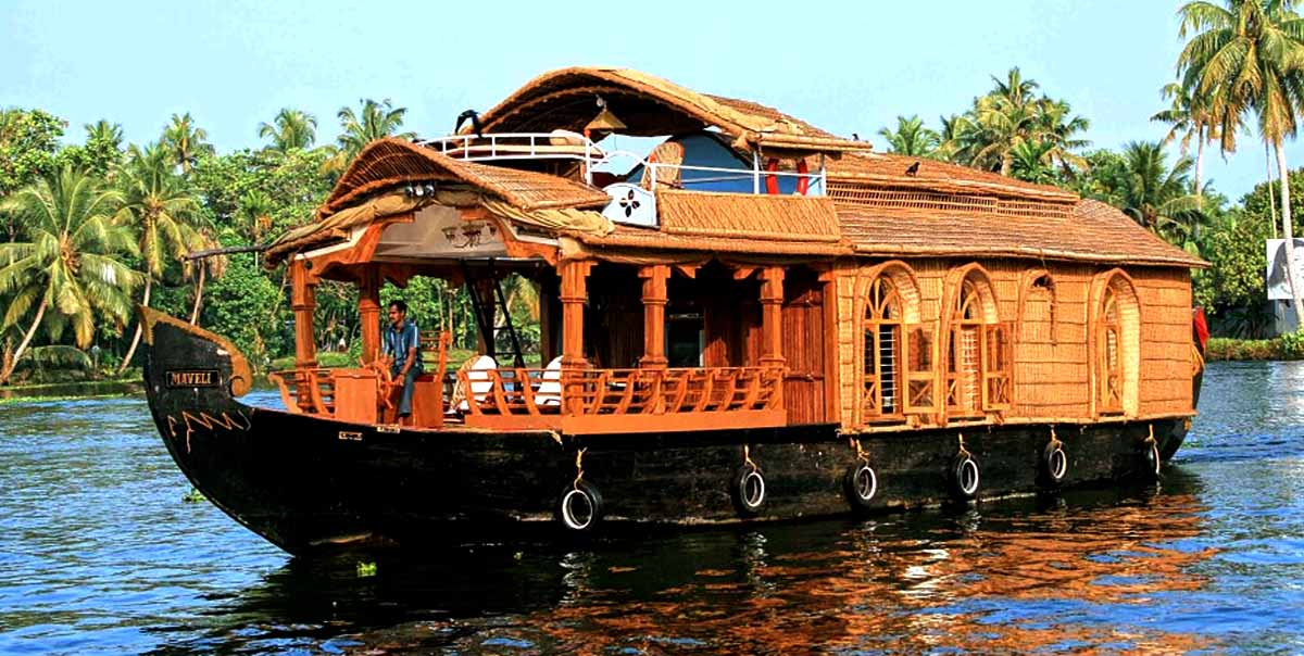 Houseboat Honeymoon Tour Package